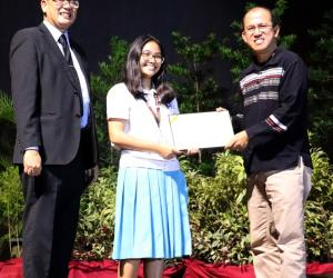 SEARCA awards seed fund to UPRHS for Youth Program on Agriculture